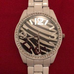 Zebra/white Hand Watch